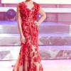 """J. Jurkutė """"Chorų karų"""" finale vilkėjo """"Kristi Andress"""" suknelę iš naujausios kolekcijos"""