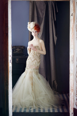 Naujausia Liutauro Salasevičiaus vakarinių suknelių kolekcija