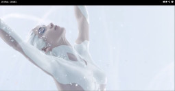 Mes žiūrim: Chanel elegancija