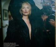 """Intymūs Tim Walker kadrai gruodžio """"Vogue UK"""""""