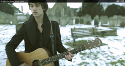 Mes žiūrim: Burberry Acoustic