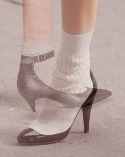 Atviri batai ir kojinės: tai suderinama?!
