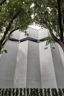 """""""Armani/Silos"""" Milane – pastatas mados gerbėjams ir dizainerio fanams"""