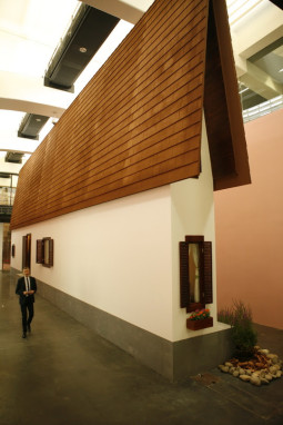 Siauras namas – E. Wurm objektas, kurį būtina pamatyti