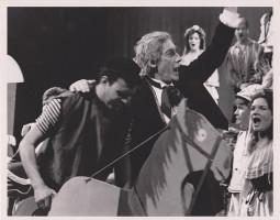 Teatro dieną – kino premjera apie garsų operos solistą A. Voketaitį