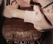 Londono madų savaitėje – nauja Burberry kolekcija