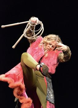 Šiuolaikinės klounados menininkė Angela Wand