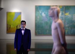 Garsusis MOCAK muziejus į Vilnių atvežą ironiškai kritišką ekspoziciją