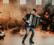 """Martynas Levickis – """"Shallow"""""""