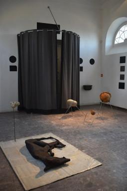 Jaunieji Lietuvos skulptoriai prisistato Lenkijos skulptūros centre Oronske