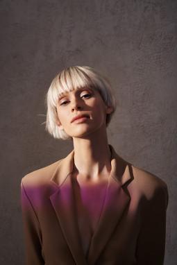 SUNLIGHT plaukų tendencijos ir kokybė su ATWINS: kuri forma tiktų jums?