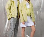 """""""Ducktail Raincoats"""" pavasario naujienos"""
