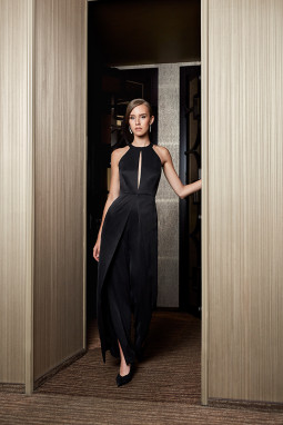 Raimonda Trump pristato kokteilinės aprangos kolekciją