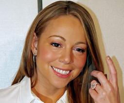 Sveikiname Mariah Carey!
