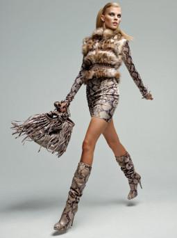 Blumarine 2010/2011 rudens-žiemos reklaminė kompanija