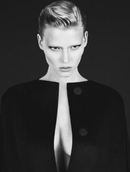 Calvin Klein 2010/2011 rudens-žiemos reklaminė kompanija su Lara Stone.