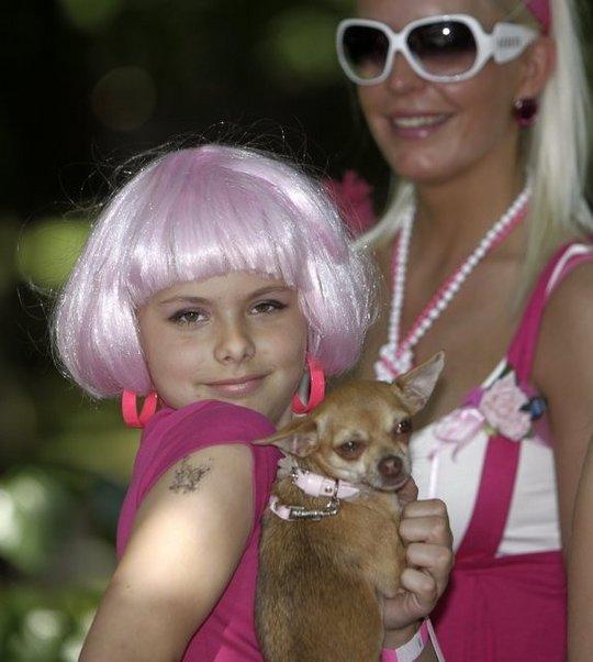 Blondinės šturmuoja Rygą!