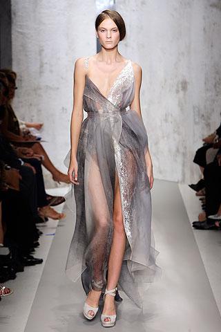 Donna Karan pavasaris-vasara 2010 - suknele
