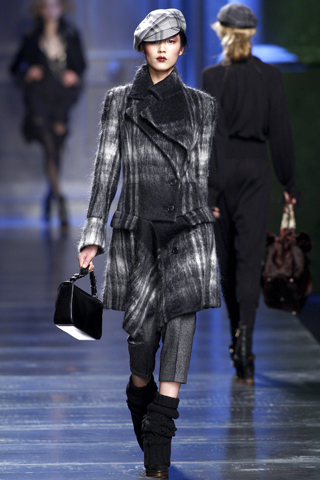 2010/2011 ruduo ir žiema pagal Christian Dior