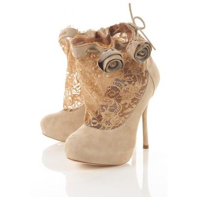 100 madingiausių batų 2010-2011 metų rudeniui bei žiemai