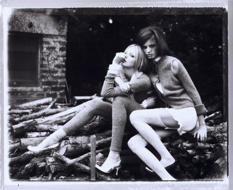 Caroline Trentini ir Jeisa Chiminazzo pagal Ellen von Unwerth