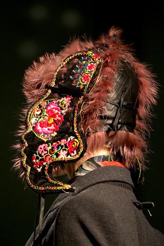 Spalvingas šaltasis 2010-2011 sezonas pagal Jean Paul Gaultier