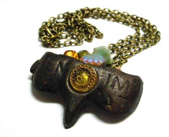 Masquerade Necklace; Kaina: $45.00 USD