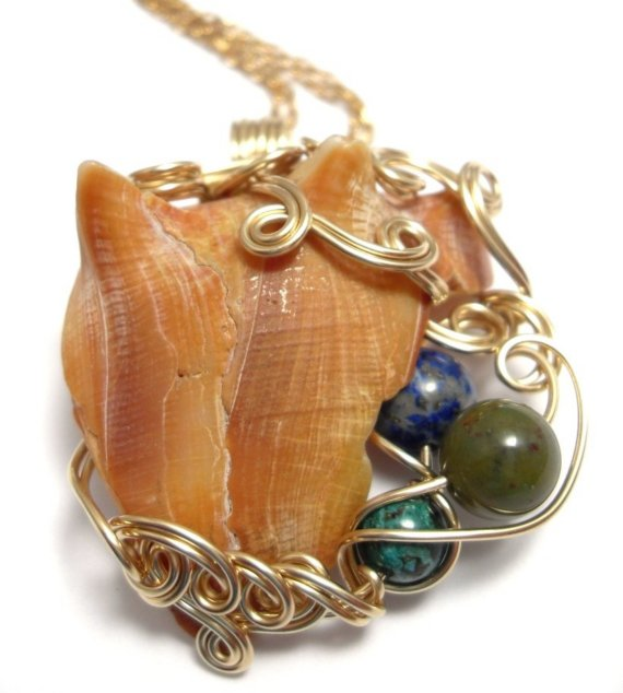 Neptune's Throne Necklace; Kaina: $50.00 USD