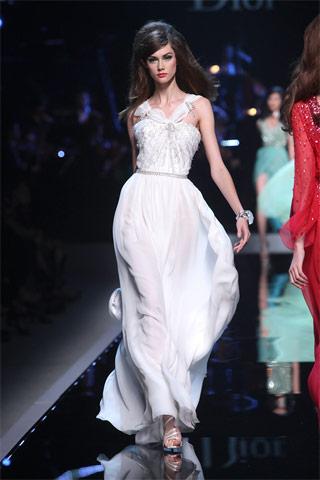 Meilės afera su Christian Dior: praeitis ir dabartis