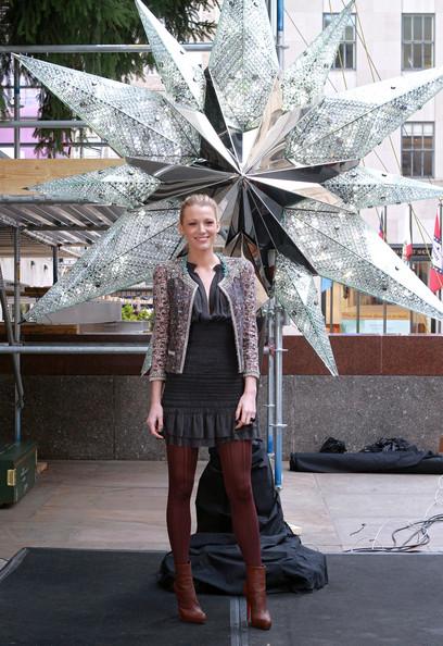 2010 m Blake Lively Swarovski Star eglutės įžiebimo ceremonijoje (Rockfeller center)