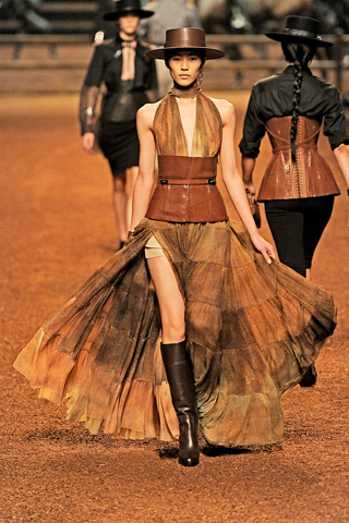 Hermès SS 2011