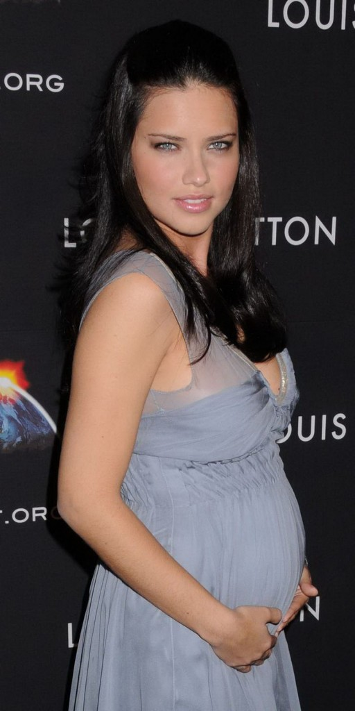 Nėščios manekenės