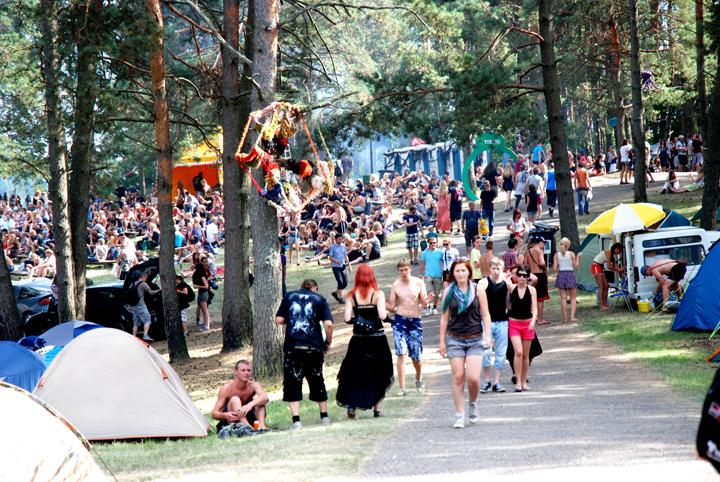 Skrydis virš festivalio teritorijos besiruošiant 10-ajam festivaliui