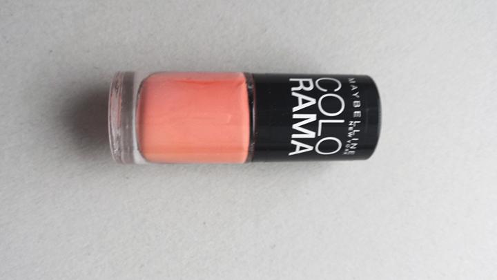 """Koralų atspalvis – Maybelline """"Colorama"""" nr. 311."""