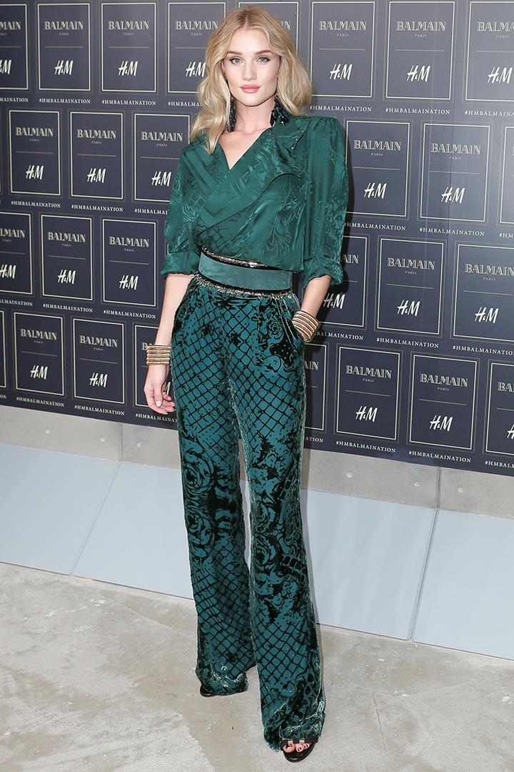 Balmain x H&M kolekcija. Rosie Huntington-Whiteley