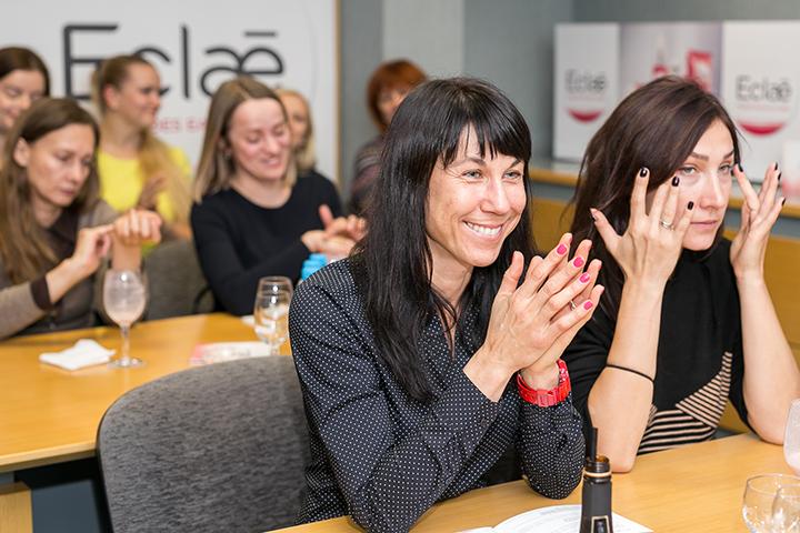 Lietuvoje pristatyta Eclae – rausva jūrų dumblių kosmetika
