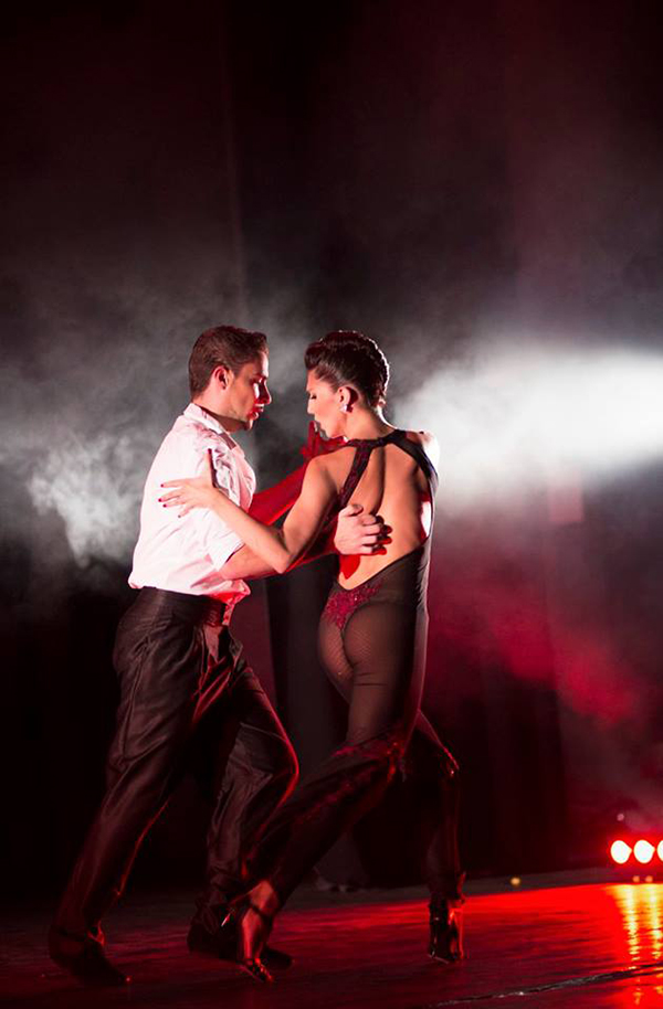Mil Pasos de Tango - SwO magazine