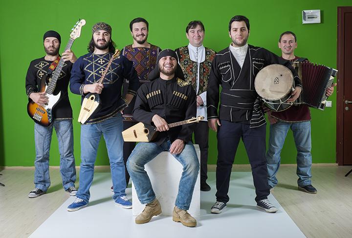 Bani Folk Band