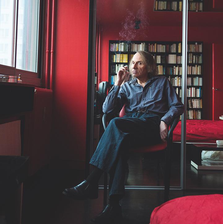 Prancūzų literatūros provokatorius Michelis Houellebecqas naujame romane kelia serotonino lygį