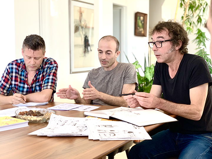 """Y. N. Harari bestseleris """"Sapiens"""" evoliucionavo į istorinį komiksą"""