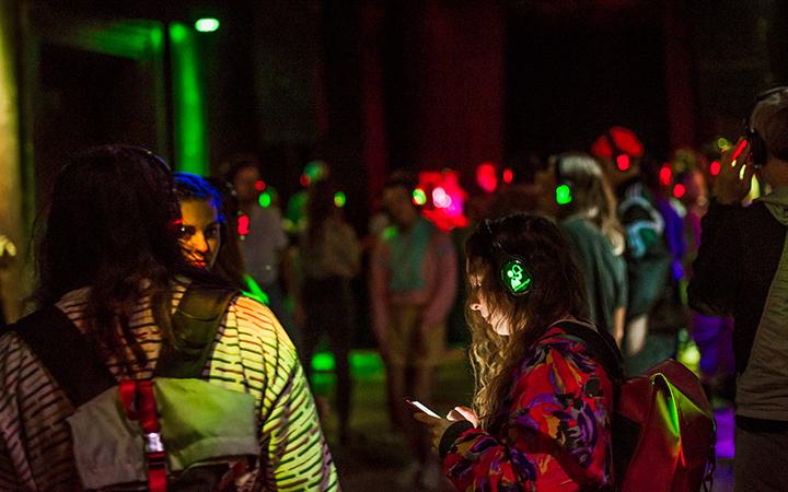 """Į tylos fenomeną įvairiomis formomis pažvelgti kviečia """"Sirenų klubo"""" renginiai"""